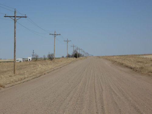 Tn_Colorado_High_Plains_Dirt_Road